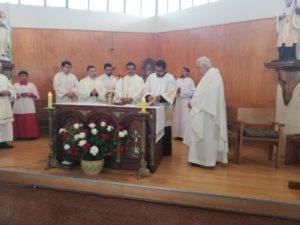 En nuestra Iglesia parroquial celebra su Primera Misa el P. Cristopher Groff
